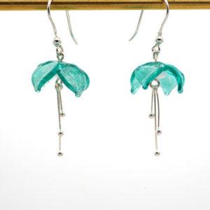 "Boucles d'oreilles ""Fuchsia"" émeraude filigrane blanc"
