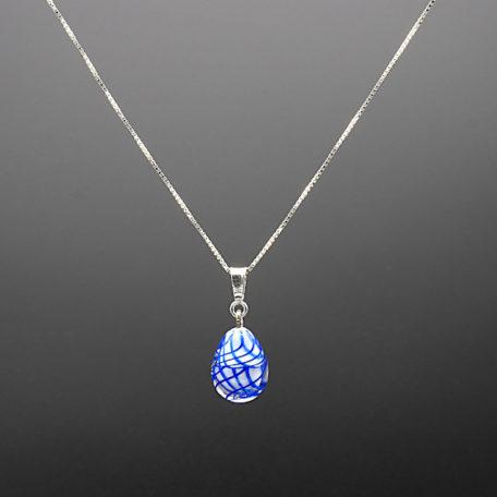 pendentif + chaine blanc filigrane bleu